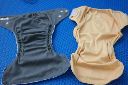Kiri: Pocket, Kanan: Cover