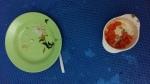 Nasi+Tumis Kangkung+Tahu dan Pepaya di usia 15 bulan, gak seberantakan gambar pertama, kan? :D